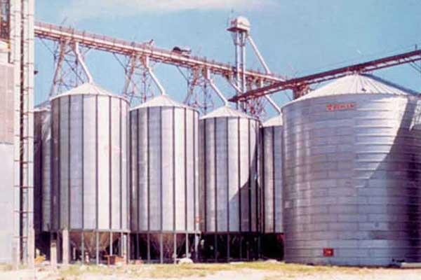 Commercial Hoppers | Behlen Grain Systems